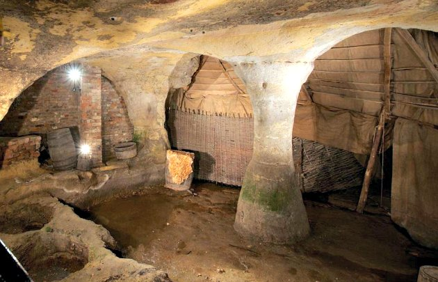city of caves in nottingham