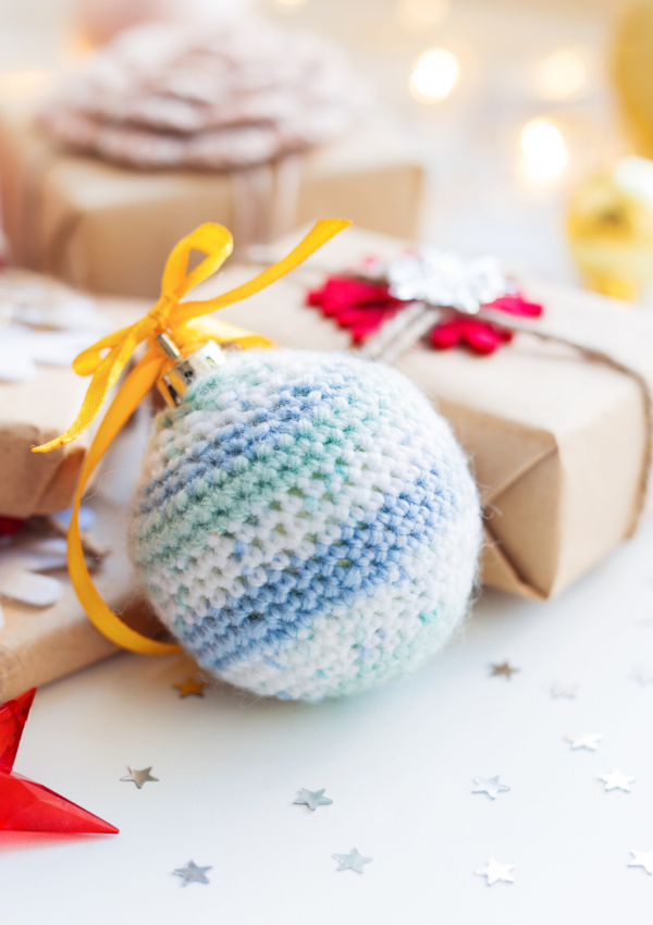 Affordable DIY Christmas gifts: 25 ideas for family