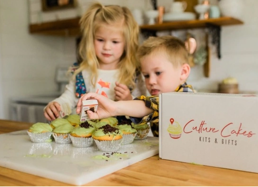 Culture Cakes Kit is a subscription gift which will arrive at your door each month. A new culture will be represented in each package. They include different snacks and exotic ingredient so that you can make 12 cupcakes.