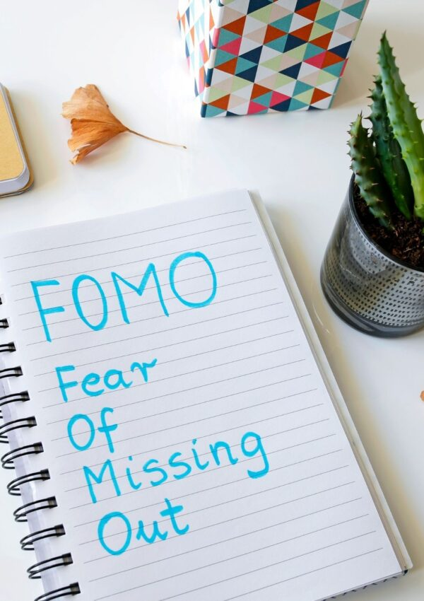 FOMO and Its Effects on Your Happiness